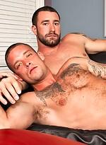 Muscle hunks Vinny Castillo and Caleb Colton fucking