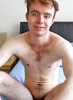 Skinny Aussie Boys - Meet our new mate Tom Jackson now